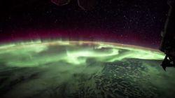 Cette superbe aurore boréale ressemblerait à... un