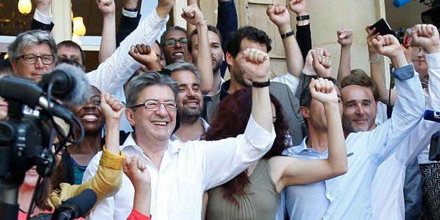 En privilégiant les coups d'éclat symboliques, Mélenchon et la France insoumise volent la vedette l'opposition...