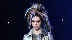 Les fausses dreads de Kendall Jenner font polémique au défilé Marc