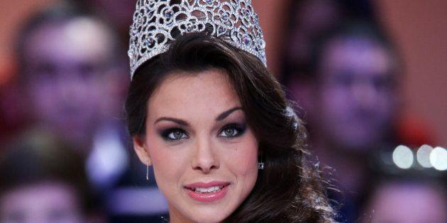 Marine Lorphelin s'est fait dérober sa couronne et son écharpe de Miss