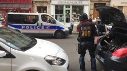 Les images de l'intervention de la police pendant la fausse alerte