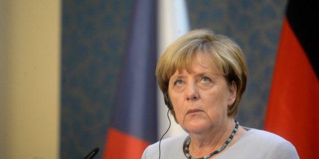 Le parti d'Angela Merkel fait le pire score de son histoire aux élections régionales à