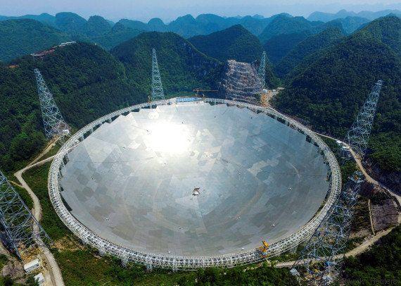 Le plus grand télescope du monde est chinois (et espère trouver des