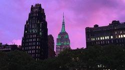 Un superbe coucher de soleil violet enveloppe le ciel de New