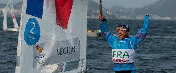 Les athlètes des Jeux paralympiques 2016 sont de retour en France avec leurs 28