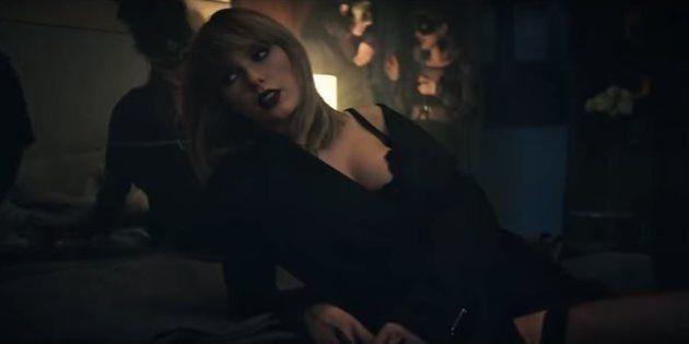 Taylors Swift en sous-vêtements