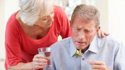 Pour les aidants en activité, la maladie d'Alzheimer fait double