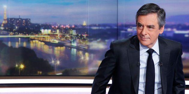 François Fillon renoncera à la présidentielle s'il est mis en