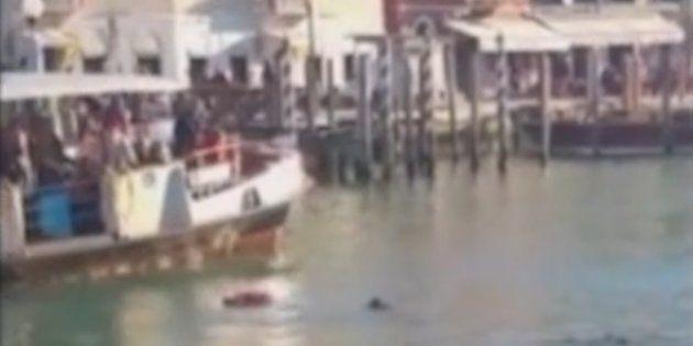 La ville de Venise va payer les funérailles du migrant mort noyé sous les insultes des
