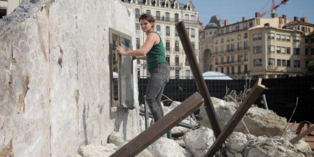 Une rue syrienne dévastée recréée au cœur de Lyon par Handicap