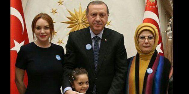 Lindsay Lohan rencontre Recep Tayyip Erdogan et la fillette syrienne Bana