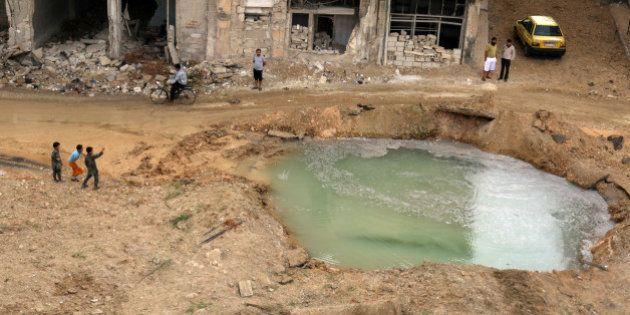 Déluge de bombes sans précédent dans les quartiers insurgés à Alep en Syrie: les images de la