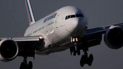 Un avion vide plusieurs tonnes de kérosène au dessus de la forêt de