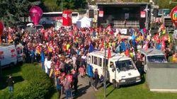 Les syndicalistes mobilisés devant le tribunal de Bobigny au procès de la
