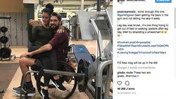 Il est en fauteuil, elle est pro du fitness, ils font du sport