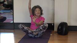 Voici Tao Porchon-Lynch, la plus vieille prof de yoga au