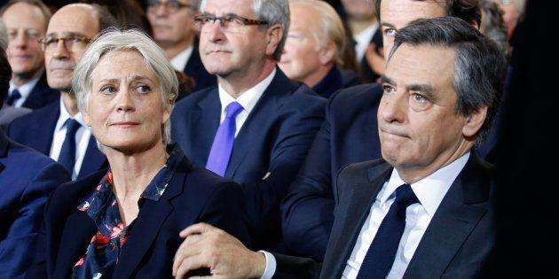 Francois Fillonet son épouse Pénélope lors de son meetign dimanche 21 janvier à