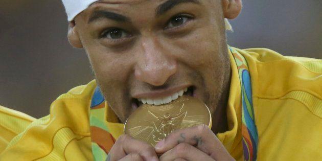 Voilà comment le transfert de Neymar au PSG pourrait rapporter plus de 300 millions à