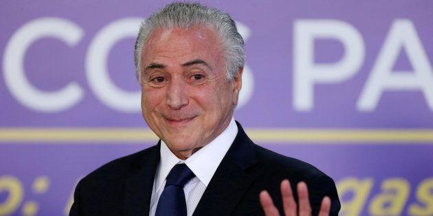 Le président brésilien Michel Temer échappe à un procès pour corruption