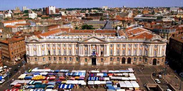 Capitole Square marketplace, Toulouse,