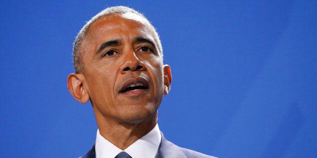 Barack Obama sort de son silence, critique Donald Trump et appelle les citoyens