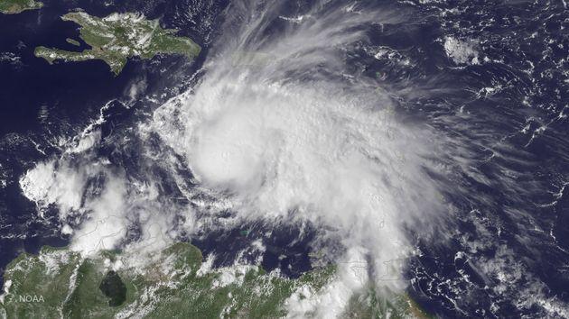 L'ouragan Matthew passe en catégorie 5 et devient l'ouragan le plus puissant depuis 9