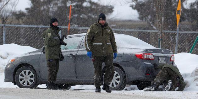 Fusillade au Québec: un seul suspect présumé, l'autre entendu