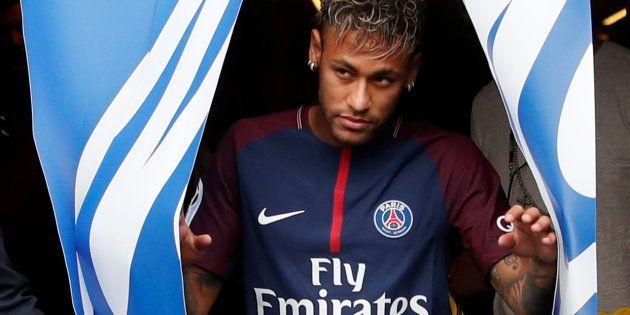 La présentation de Neymar au Parc des