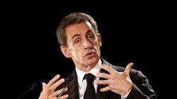 Nicolas Sarkozy envisage l'interdiction du voile islamique dans l'espace