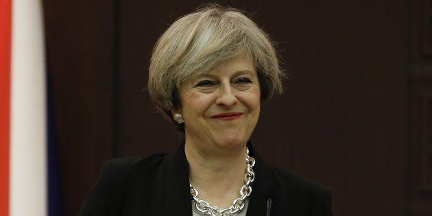 Theresa May sonne le grand retour de la politique industrielle au Royaume-Uni. REUTERS/Umit