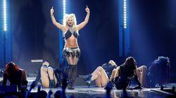 Britney Spears dévoile un téton sur