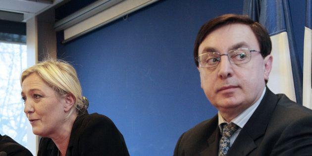 Jean-François Jalkh (à droite) est renvoyé en correctionnelle dans l'affaire du financement frauduleux...