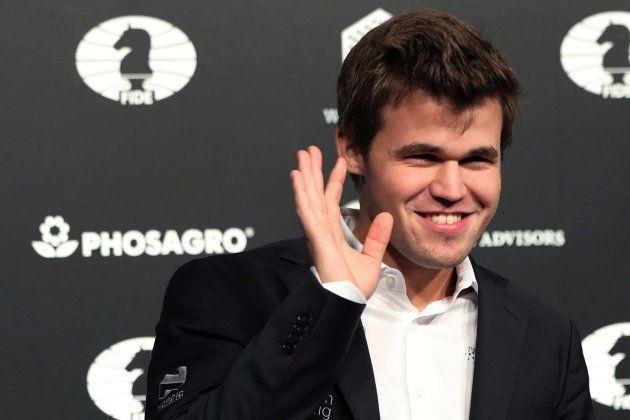 Magnus Carlsen a remporté le tournoi C du Tournoi de Wijk aan Zee en janvier 2004, à l'âge de 13 ans....