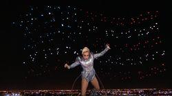 Le saut dans le vide de Lady Gaga au Super Bowl 2017 est déjà légendaire sur