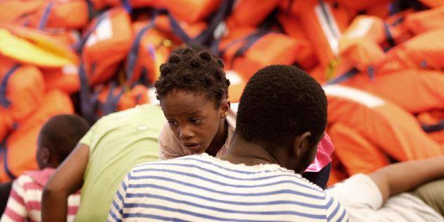 Une opération de sauvetage entre Malte et la Libye en août 2016 / Des ONG suspendent leurs sauvetages...