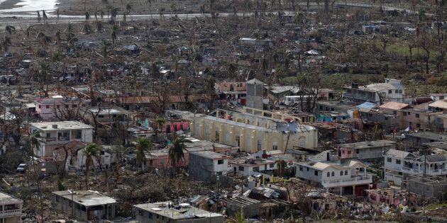 Des maisons détruites par l'ouragan Matthew à Coteaux en Haïti, le 10 octobre