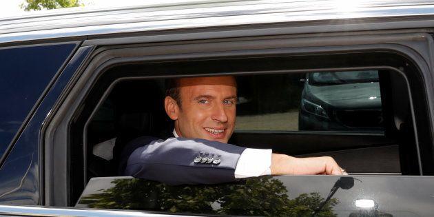 Emmanuel Macron a porté plainte contre un photographe pour