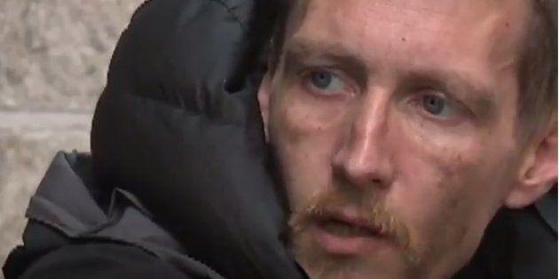 Chris Parker, le sans-abri qui avait secouru des victimes lors de l'attentat de Manchester, est accusé...
