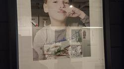 Ikea retire la photo d'un petit garçon qui avait l'air d'imiter
