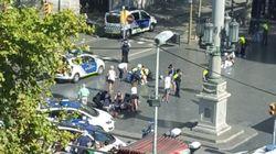Une fourgonnette fonce dans la foule sur les Ramblas à Barcelone, au moins 13