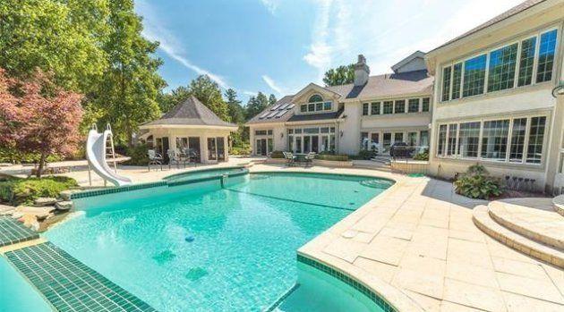 Eminem met en vente sa superbe villa de Détroit pour la moitié de son prix