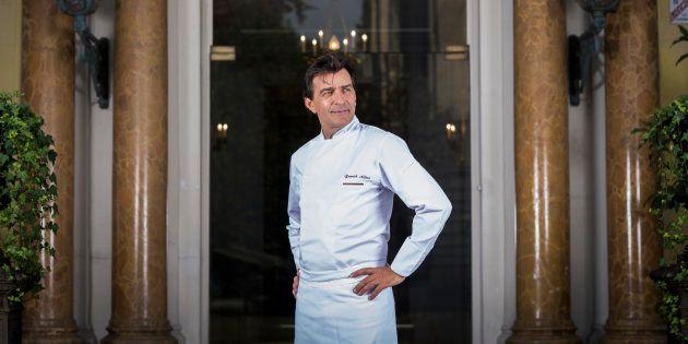 Yannick Alléno, qui vient d'avoir trois étoiles au Michelin, s'est imprégné du terroir de montagne pour son restaurant le 1947