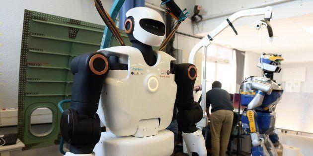 Ce robot sur lequel vont travailler des chercheurs français pourrait devenir l'ouvrier de l'usine de
