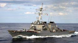 10 marins portés disparus après une collision entre un destroyer américain et un