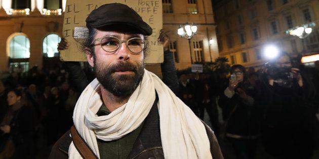 L'agriculteur Cédric Herrou quitte le tribunal correctionnel de Nice, le 4