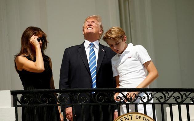 Donald Trump lors de l'éclipse solairedu 21 août
