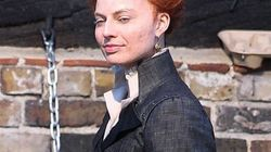 Saurez-vous reconnaître cette actrice métamorphosée pour jouer le rôle d'Élisabeth
