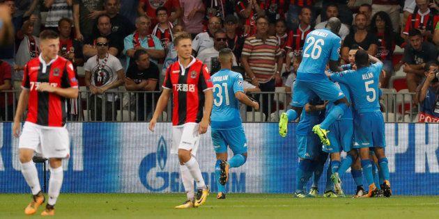 Les Napolitains célèbrent leur ouverture du score à Nice le 22 août