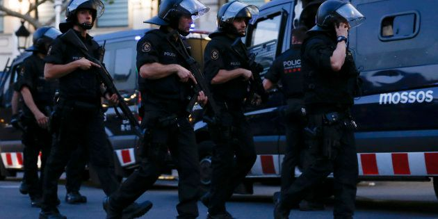 L'intervention policière, peu de temps après l'attentat à