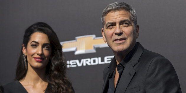 Le couple Clooney fait un gros don pour lutter contre la haine